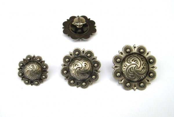 Antigue Silver Berry Concho with Post in 3 Größen